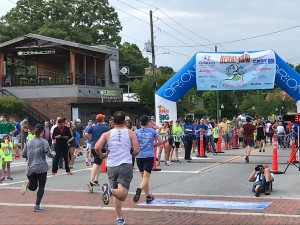 Runners Sprint to the Finish Line